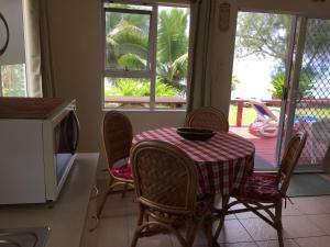 Muri Beach Holiday Homes