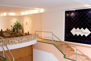 The lobby or reception area at Edificio Puerto