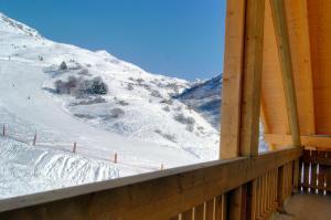 L'établissement Madame Vacances Le Vermont en hiver