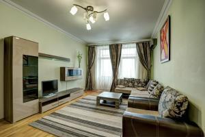 A seating area at Apartment Kutuzoff Metro Kutuzovskaya