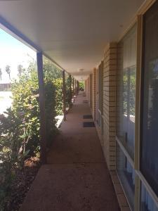 The Gateway Motel