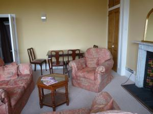 A seating area at Wishmoor