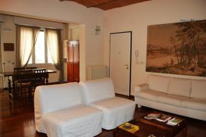 Castiglione Apartment (Oro)