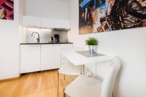 Cuisine ou kitchenette dans l'établissement Akers Have Apartments