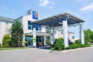 From 79 Picture Of Motel 6 Pottstown