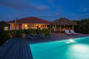 Boca Gentil Villa Bista Riba Laman