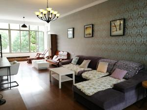 Villa Next to Shanghai Safari Park