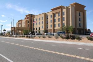 Picture of Hampton Inn and Suites Barstow