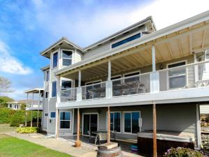 Picture of Brookings Oceanfront Estate