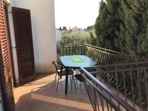 A balcony or terrace at Apartments Ema