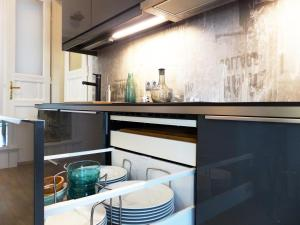 A kitchen or kitchenette at Apartment 43
