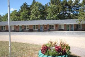 From 59 Picture Of Crossroads Motel Cabins