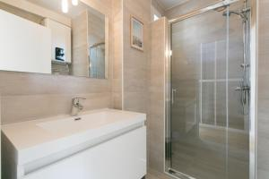 Salle de bains dans l'établissement Assas-Vavin Appartements