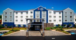Picture of Best Western Plus Nashville Airport Hotel - BNA