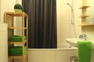 Ein Badezimmer in der Unterkunft Apartment Bett am Rhein