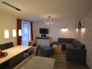 A seating area at Haus Janita