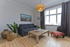 A seating area at Thomsen Apartments - Reykjavík City Centre
