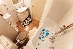 A bathroom at Apartment Melon