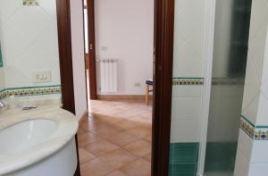 Le Tre Sorelle Holiday Home, Agerola, Italy - Booking.com Bath Tre Sorelle Home Designs Html on