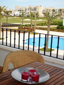 A view of the pool at Masquestar La Torre or nearby