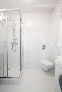 A bathroom at Gibalskiego Apartment by SleepingCar