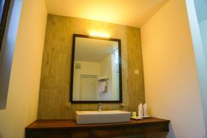A bathroom at Miyura Holiday Bungalow