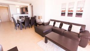 A seating area at Mar Menor Resort