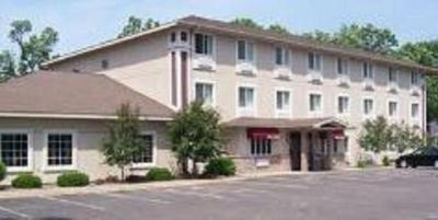 Image Of The Property Budget Host Inn Suites North Branch