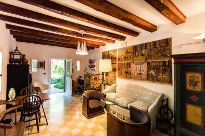 Residenza d 39 epoca albergo quattro fontane lido di venezia for Quattro stelle arredamenti prezzi