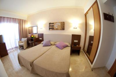 gran imagen de Hotel Cala Gat