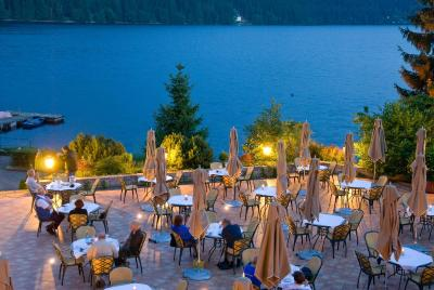 Romantik hotel treschers titisee neustadt germany for Titisee piscine