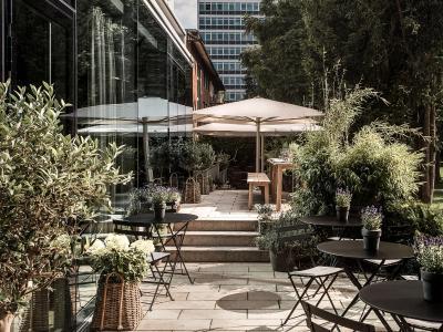mauritzhof hotel m nster germany. Black Bedroom Furniture Sets. Home Design Ideas