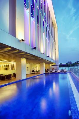 hotel golden tulip essential makassar indonesia booking com rh booking com