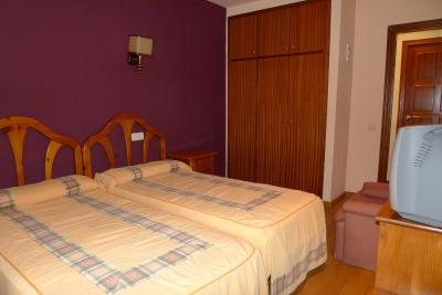 gran imagen de Aero Hotel Cerdanya Ca L'eudald