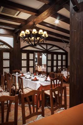 Albenzaire Hotel Asador foto