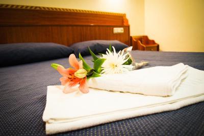 Bonita foto de Hotel Los Jerónimos y Terraza Monasterio