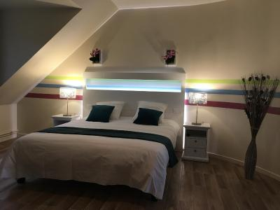 au charme du lac piscine spa forges les eaux tarifs 2018. Black Bedroom Furniture Sets. Home Design Ideas
