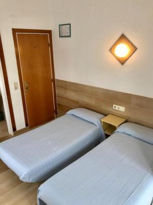 Hostel hostal casa torrent canet de mar spain - Hostal casa tere guadarrama ...