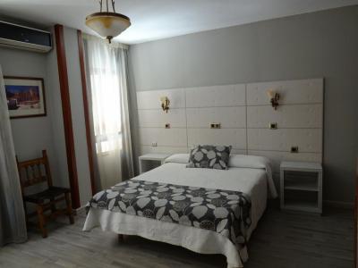 gran imagen de Hotel Los Naranjos