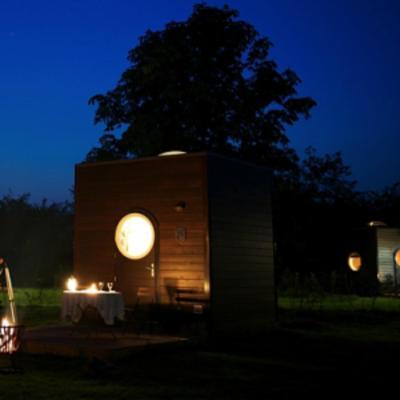 landhuis le domaine des tuileries frankrijk salins. Black Bedroom Furniture Sets. Home Design Ideas