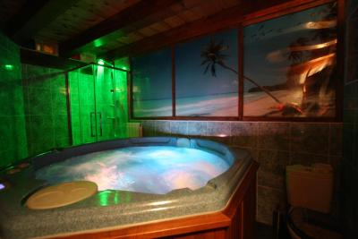 Hotel Mendi Green