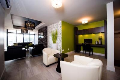 v hotel suites moncton tarifs 2018. Black Bedroom Furniture Sets. Home Design Ideas