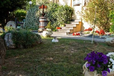 Bed breakfast il giardino degli angeli italia framura - Il giardino degli angeli framura ...