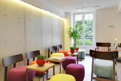 hotel alhambra paris including reviews. Black Bedroom Furniture Sets. Home Design Ideas