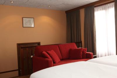 Hotel Restaurant De Hoogt Nederland Maasdam Booking Com