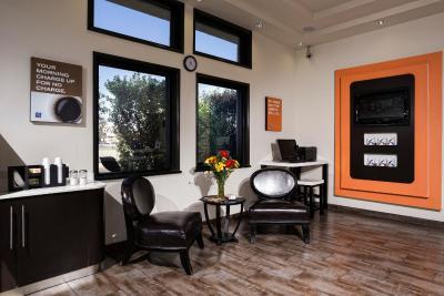 motel 6 newport beach costa mesa ca. Black Bedroom Furniture Sets. Home Design Ideas