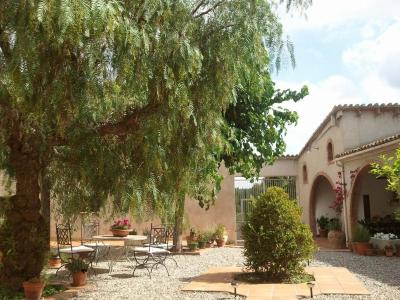 Casa de Campo Masia Can Cardús (Espanha Sant Sadurní d'Anoia ...