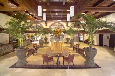 hotel embassy suites lubbock tx. Black Bedroom Furniture Sets. Home Design Ideas