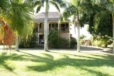 Bed and breakfast le jardin de beau vallon mah bourg for Restaurant le beau jardin