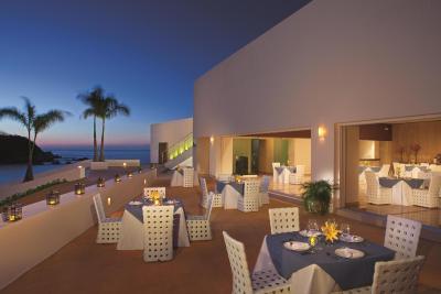 secrets huatulco resort spa santa cruz huatulco. Black Bedroom Furniture Sets. Home Design Ideas